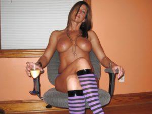 femme insatisfaite venue sur site adultere pour baiser dans le 74